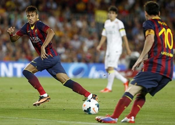 Messi y Neymar en su primera gran jugada