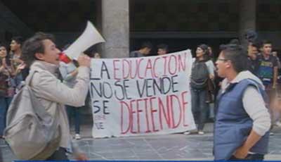 Estudiantes de la Universidad Central protestaron por bajar a Categoría B