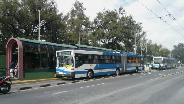 Habrá guardias en los buses de Quito