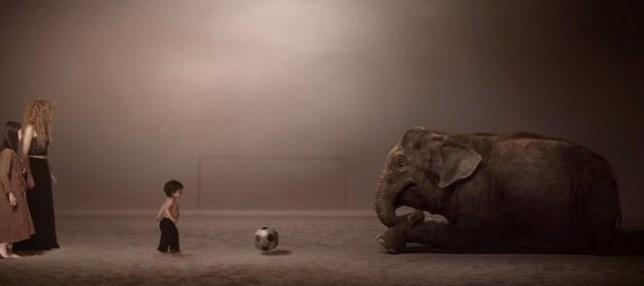 Videoclip Shakira con su hijo Milan, Piqué y algunas estrellas del fútbol