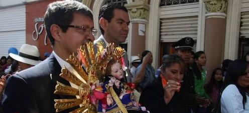 Detalles Pase del Niño Viajero Cuenca 2015